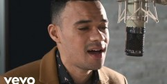 Tauren Wells – Hills and Valleys